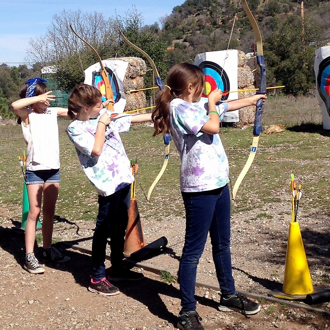 VolSpot_Addl3_JG2019_Troop6670_Outdoors_(1)_camping_archery